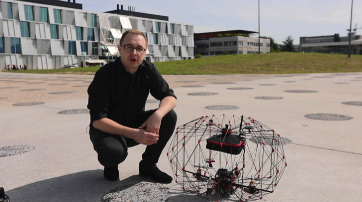 This Origami Inspired Shrinkable Cargo Drone Flies Within a Foldable Protective Sphere Core77