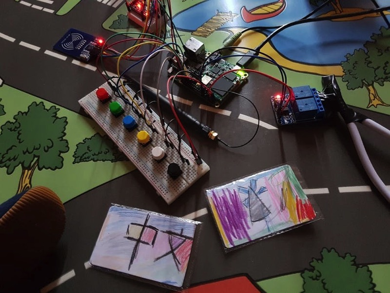 Room Automation for Kids @Raspberry_Pi #PiDay #RaspberryPi