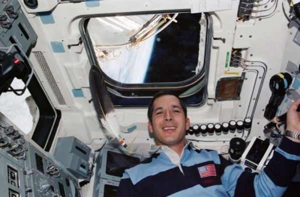 Th 07a new feat chickasaw astronaut john herrington the first native american in space flew with an eagle feather courtesy john herrington sts113 337 020 nr 600x395