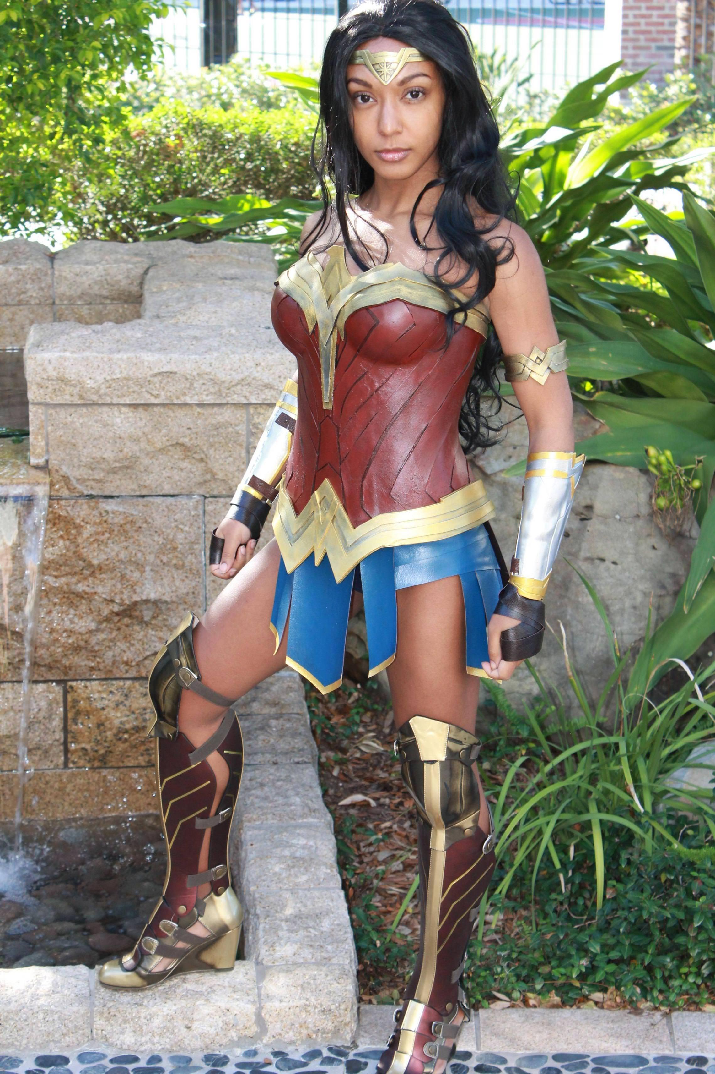 Halloween Costumes Wonder Woman