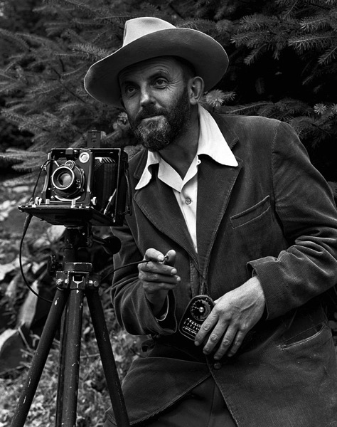 800px Ansel Adams and camera