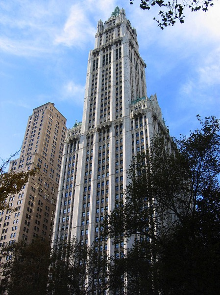 800px Woolworth bldg nov2005c