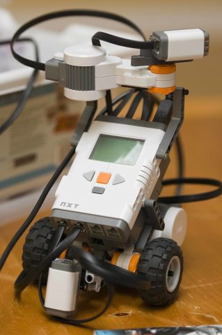 Lego Mindstorms bot