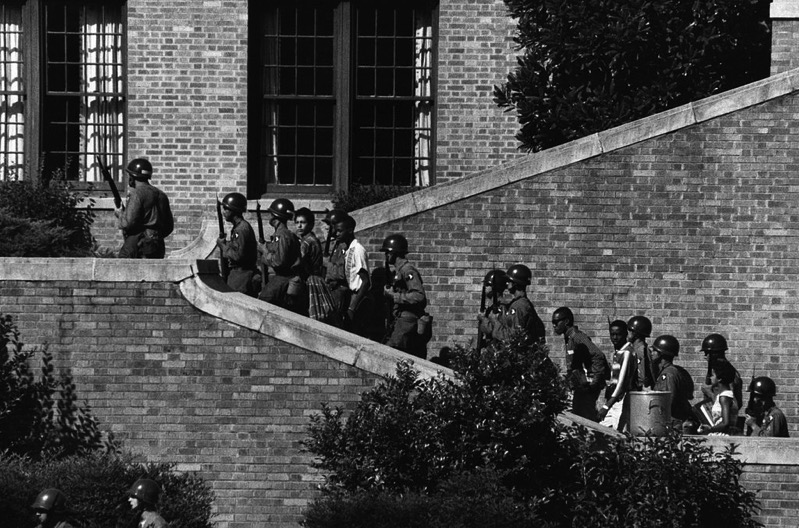 1024px 101st Airborne at Little Rock Central High