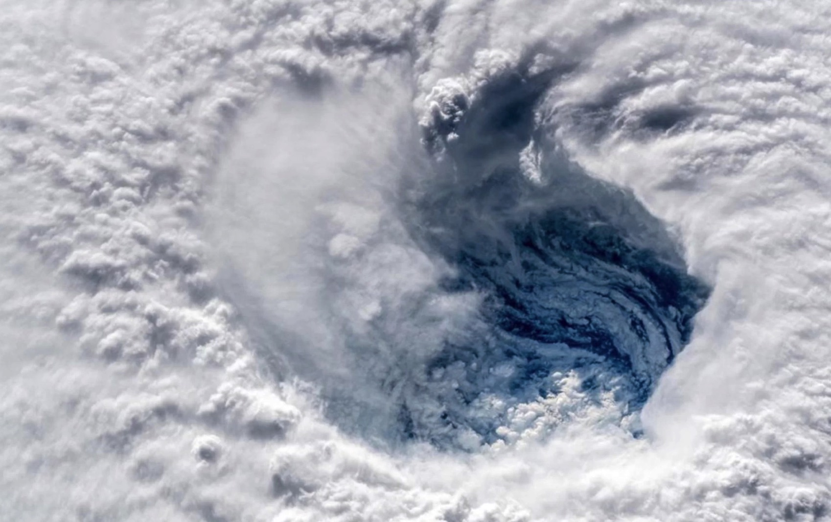 Hurricane Florence Is a No Kidding Nightmare in These New Astronaut Photos