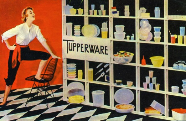 I 1 90233279 the secret genius of tupperware