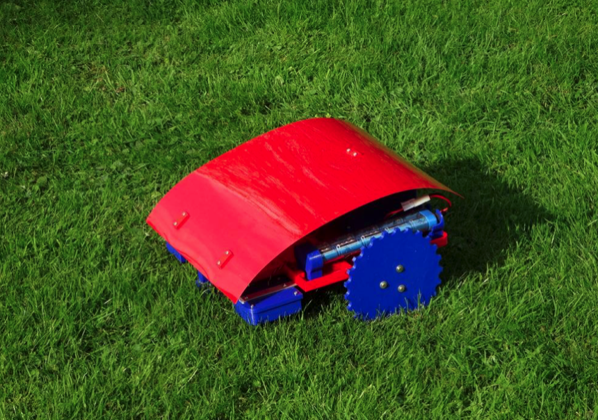 Reprap Windturbine robotic lawn mower