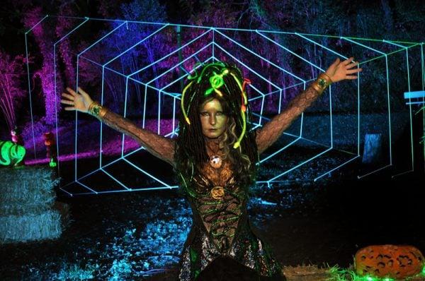 NEW GUIDE Animatronic Medusa Headdress Electronichalloween