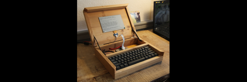 Ultimate Writer: an Open Digital Typewriter