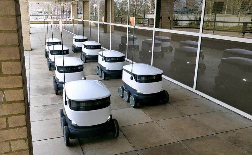 Starship S Self Driving Robots Making Deliveries