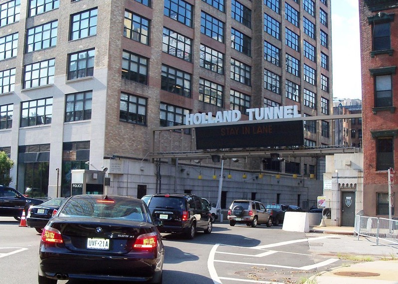 Holland Tunnel Entrance panoramio