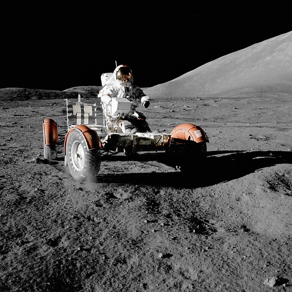 800px NASA Apollo 17 Lunar Roving Vehicle