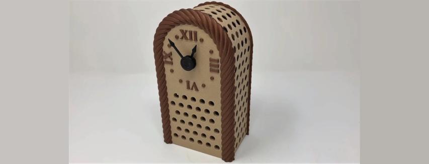 Auto-Correcting Analog Clock