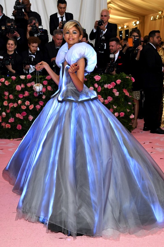 Zendaya S Magical Led Met Gala Gown Wearablewednesday