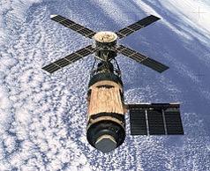 240px Skylab SL 4