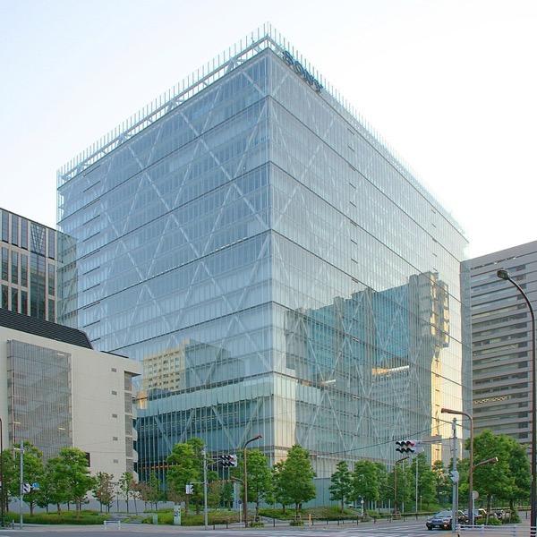 800px Sony headquarters crop