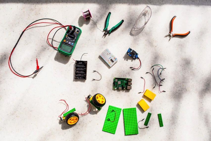 WI060119 KP Robotics 01