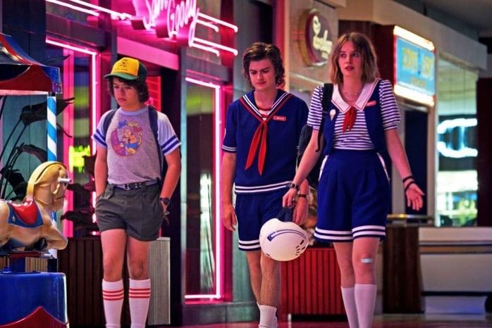15 stranger things starcourt mall w700 h467