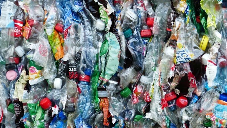 Rome recycling scheme plastic bottles hans hero