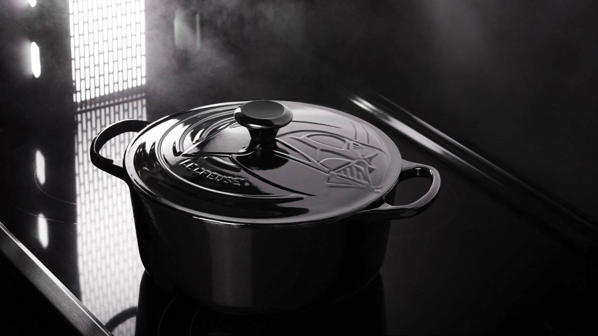 Star wars le creuset kitchware cooking pan han solo darth vader dezeen 2364 hero b 1233x694