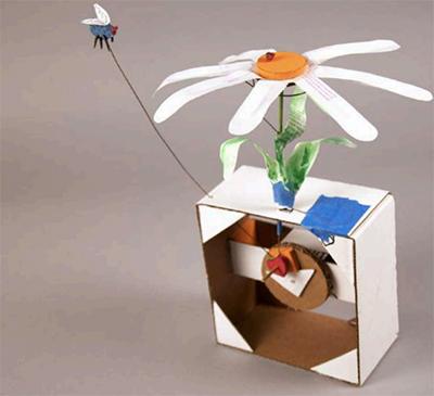 stemkids-exploratorium-cardboard