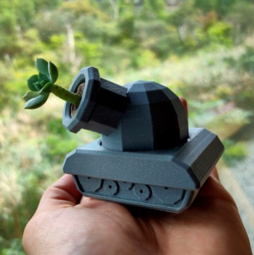 TankPot Violently cute succulent plant pot FDM low poly by KaziToad Thingiverse