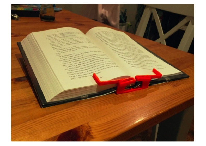 Hands Free Book Holder by cfisch06 Thingiverse