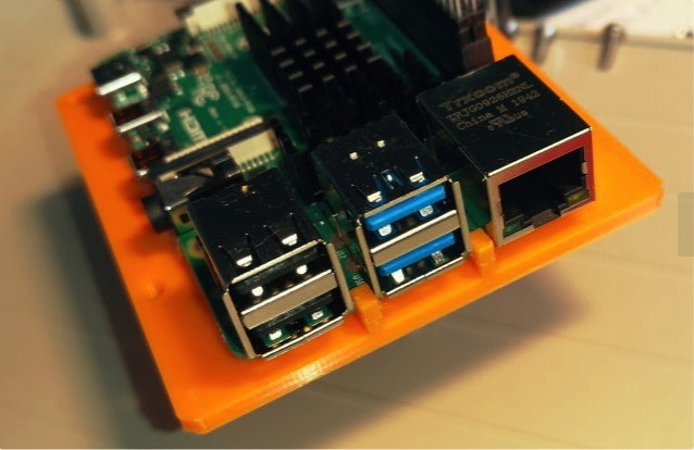 Raspberry pi mount plate by OZ2CPU Thingiverse