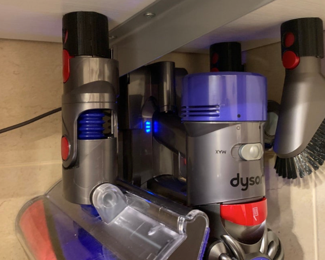 Dyson V10 V8 V7 accessory holder by lameroon Thingiverse