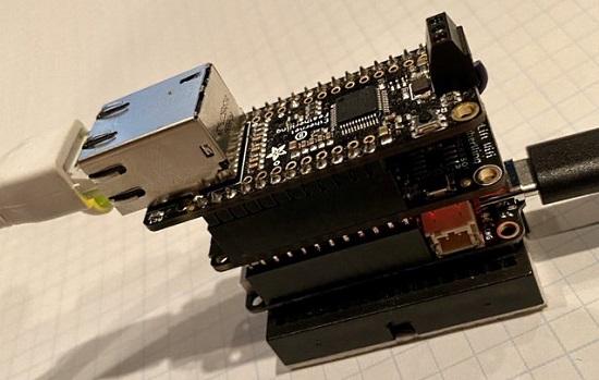CircuitPython on FeatherS2