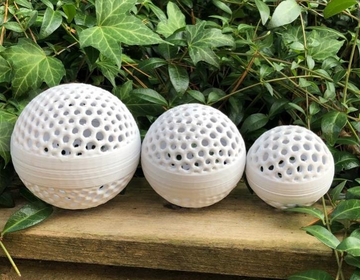Nesting Threaded Voronoi Spheres by DaveMakesStuff Thingiverse