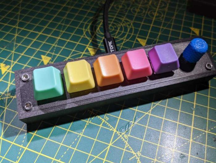 Macro keyboard by shanet133 Thingiverse