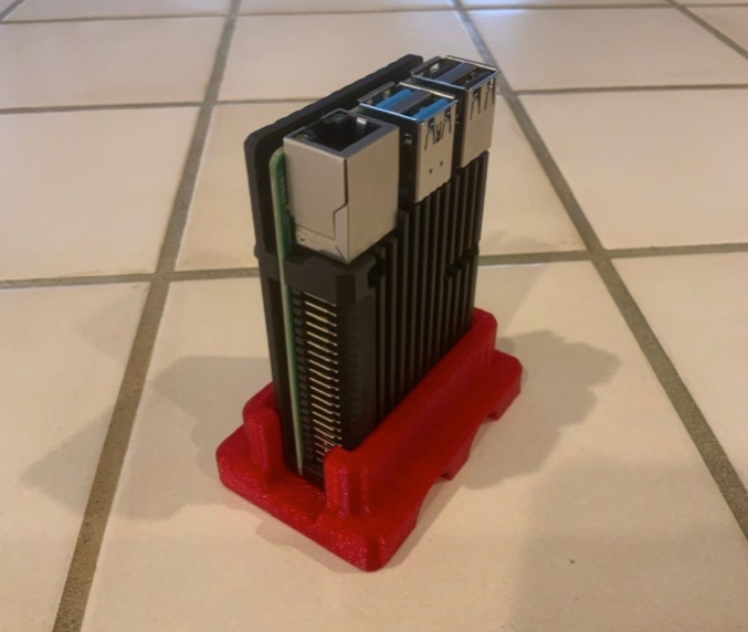 Vertical Stand for Raspberry Pi with Heat Sink Case by SF3DPrint Thingiverse