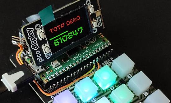Raspberry Pi Pico-Based 2FA