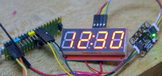 Pico with a 7 segment display