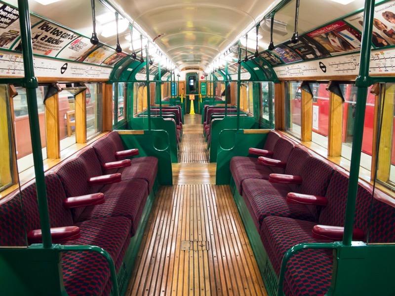 London Underground 1938 Stock interior 6978290261
