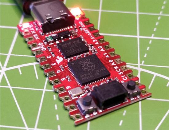 CircuitPython running on Sparkfun Pro Micro RP2040