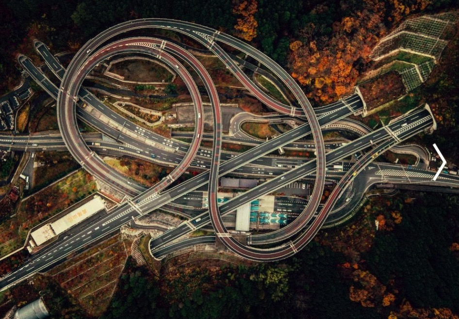 Gallery of In Transit Large Scale Road Infrastructures Seen from Above 1