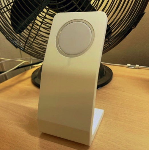 MagSafe Stand by ZeligD Thingiverse