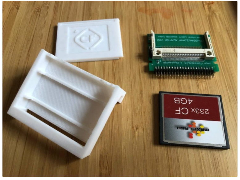 Amiga 1200 hanger and generic box both with lid for CF2IDE44 adapter by FerryA1 Thingiverse