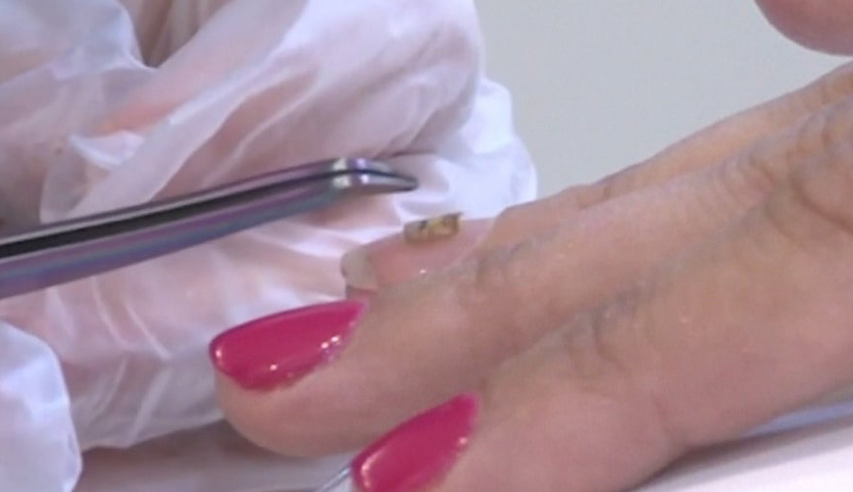 Dubai Nail Salon Lets Customers Scan Fingernails to Share Contact Information Inside Edition