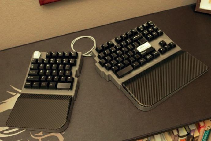 Split89 a split TKL 89 key mechanical keyboard with QMK Configurator support by jurassic73 Thingiverse