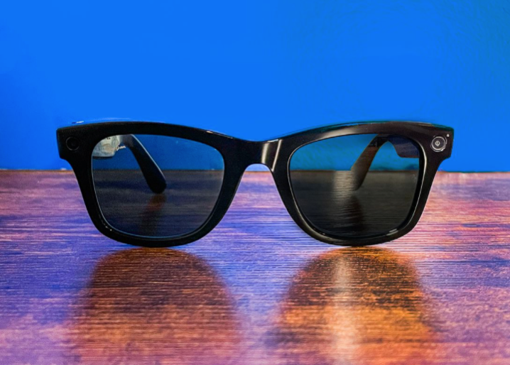 Facebook s smart Ray Ban glasses are disappointingly familiar CNET