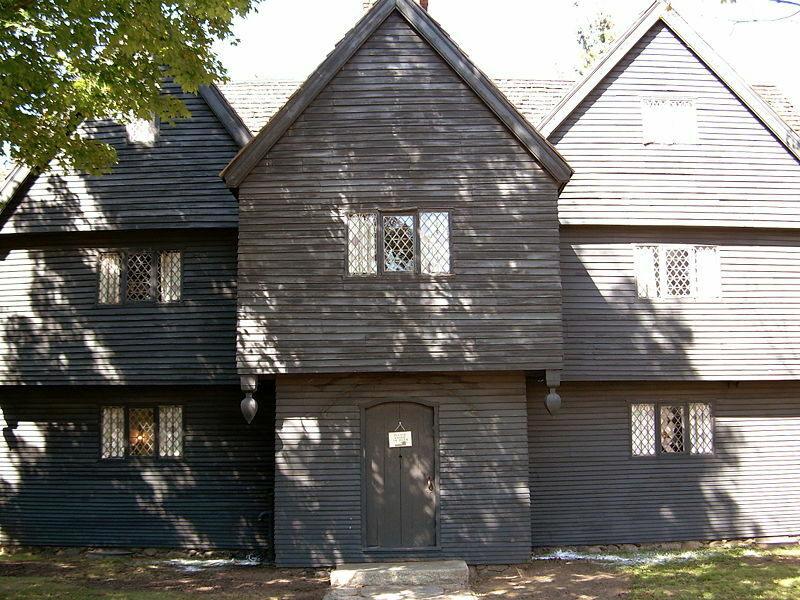 800px Salem Mass CorwinHouse